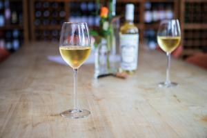 Wijnwinkel De Peizer Hopbel: laat je wijn thuis bezorgen